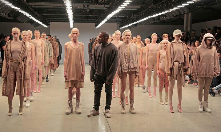 Kanye West bei der Präsentation seiner zweiten Yeezy-Kollektion 2015 in New York