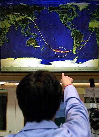 In weitem Bogen ins Meer: Das russische Kontrollzentrum überwachte den Absturz