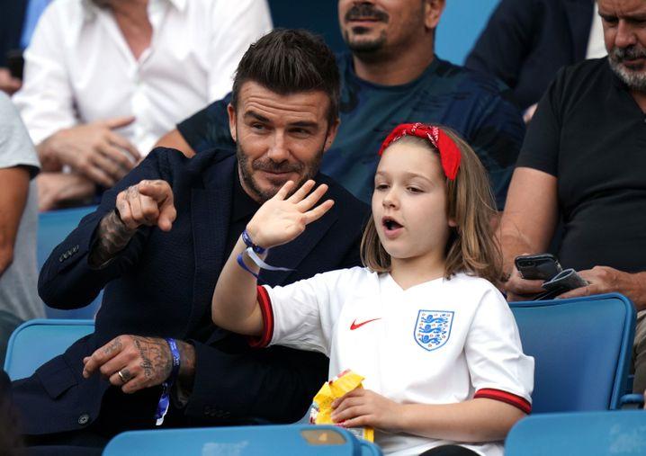 David Beckham mit Tochter Harper bei der Frauen-Weltmeisterschaft in Frankreich