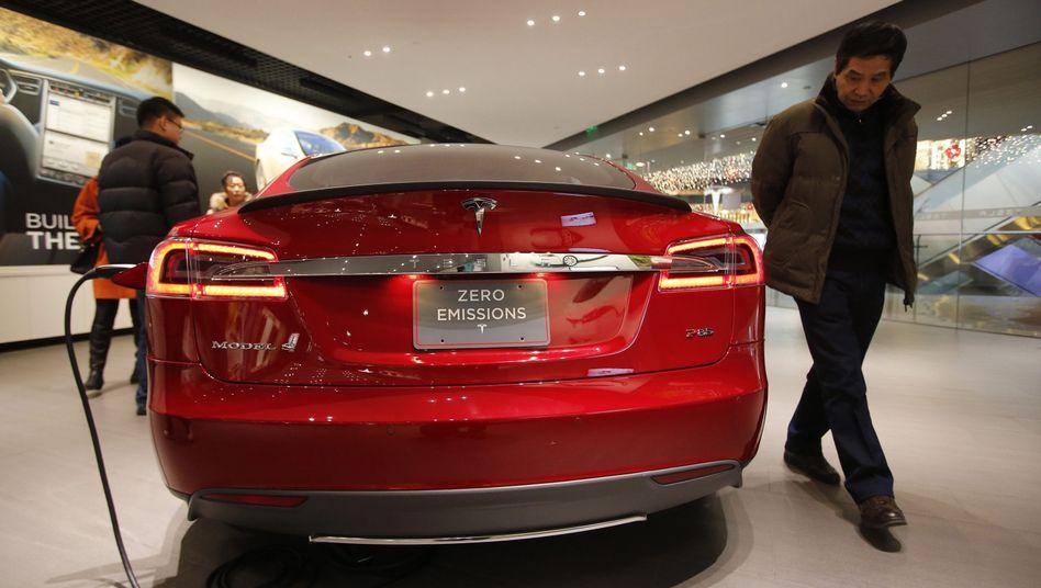 Tesla-Fahrzeug