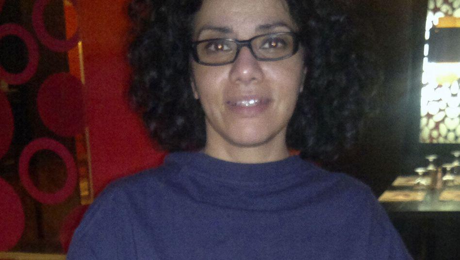 """Bloggerin Eltahawy: Zwölf Stunden """"Martyrium"""" in ägyptischer Haft"""