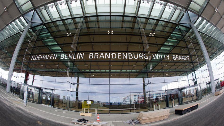 Terminal des neuen Hauptstadtflughafens: Bender ist Chefaufseher bei Eintracht Frankfurt