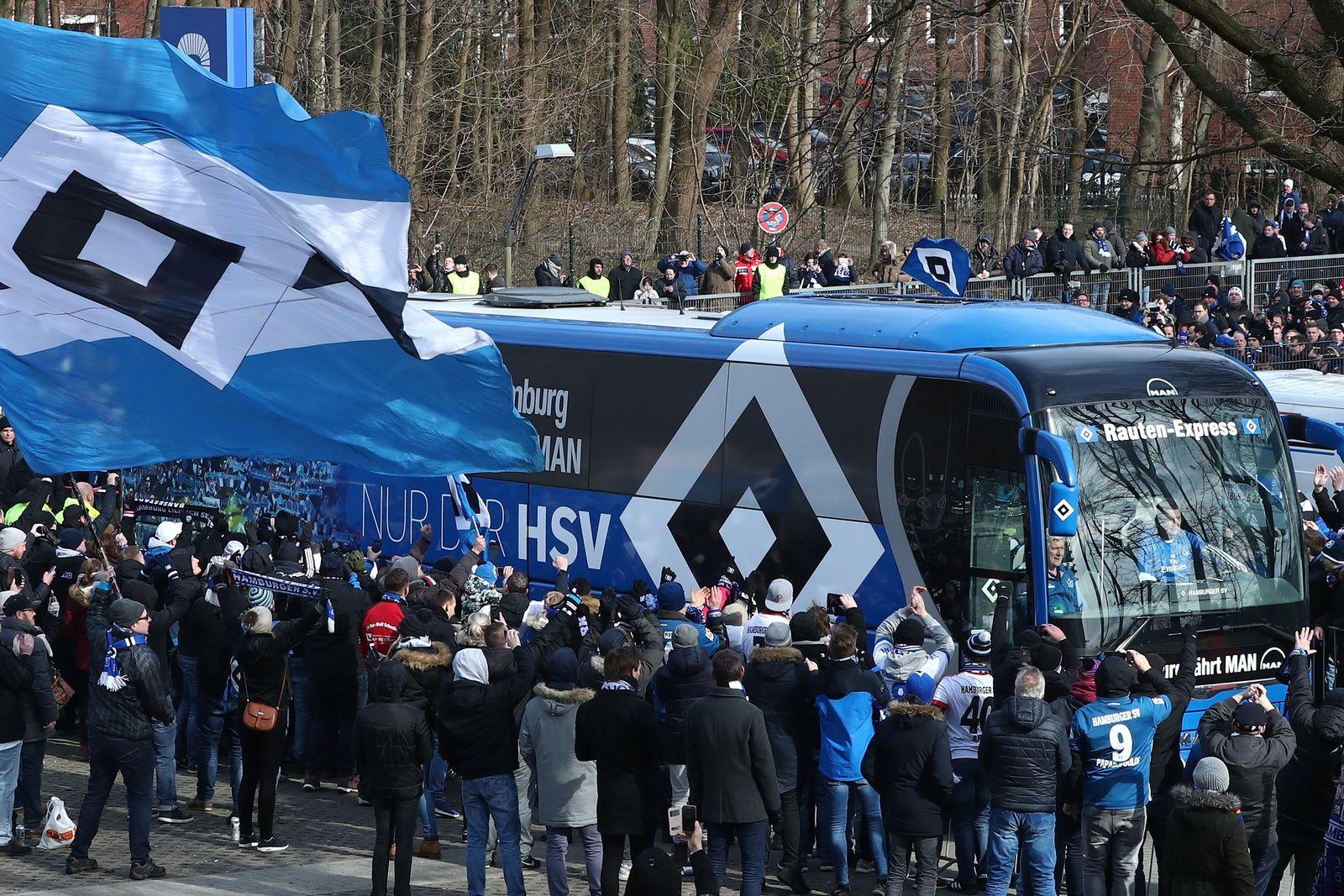 HSV Mannschaftsbus