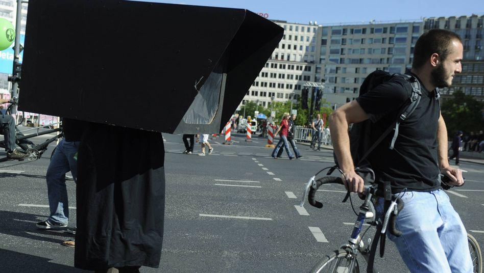"""Demonstration """"Freiheit statt Angst"""": Auch Datenschutzbeauftragte fordern weniger Überwachung"""