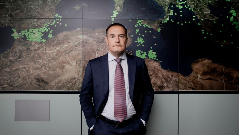 """Frontex Director Fabrice Leggeri: """"You may be able to run a French ministry that way, but not an international organization."""""""