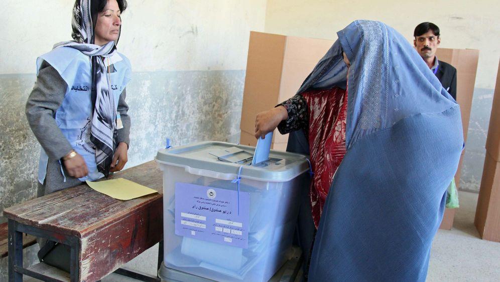 Afghanistan: Anschläge überschatten Wahlen