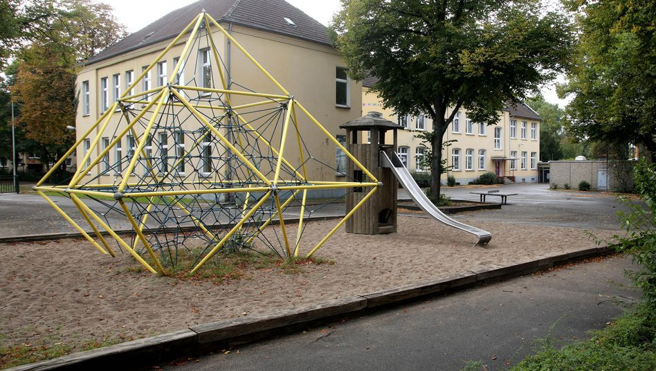 Schule in Essen: Dort stach ein Zwölfjähriger auf einen Gleichaltrigen ein