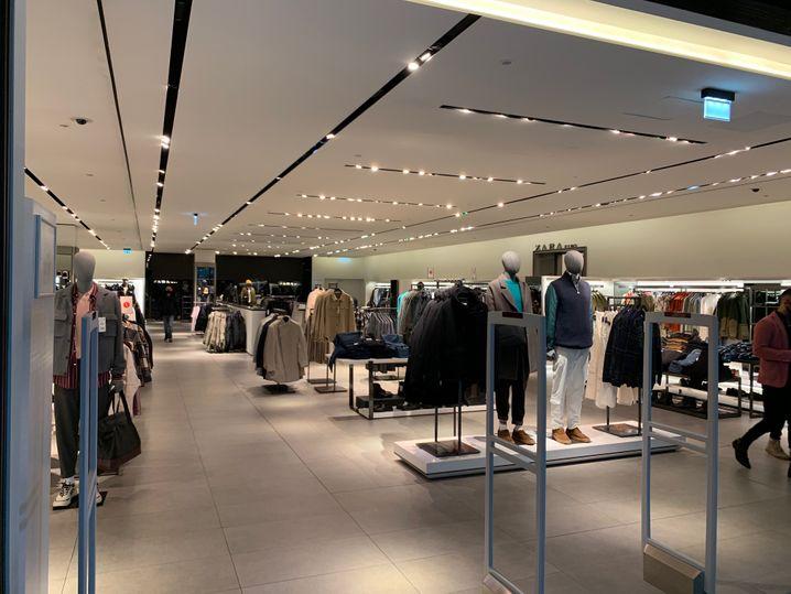 Ein Modegeschäft in der Mall of Berlin