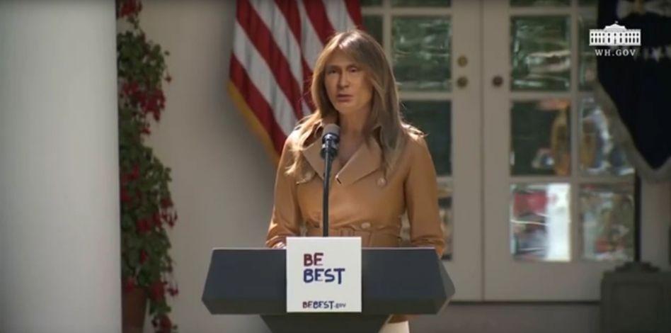 Deepfake mit Wladimir Putins Gesicht - im Original ist Melania Trump zu sehen