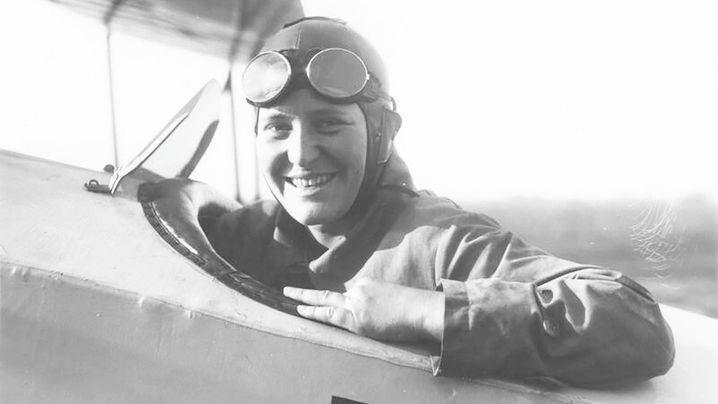 Marga von Etzdorf: Tollkühne Rekordfliegerin und Bruchpilotin