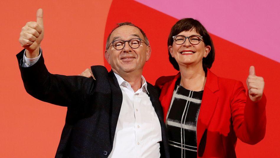 Überraschungssieger: Norbert Walter-Borjans und Saskia Esken sollen künftig die SPD führen