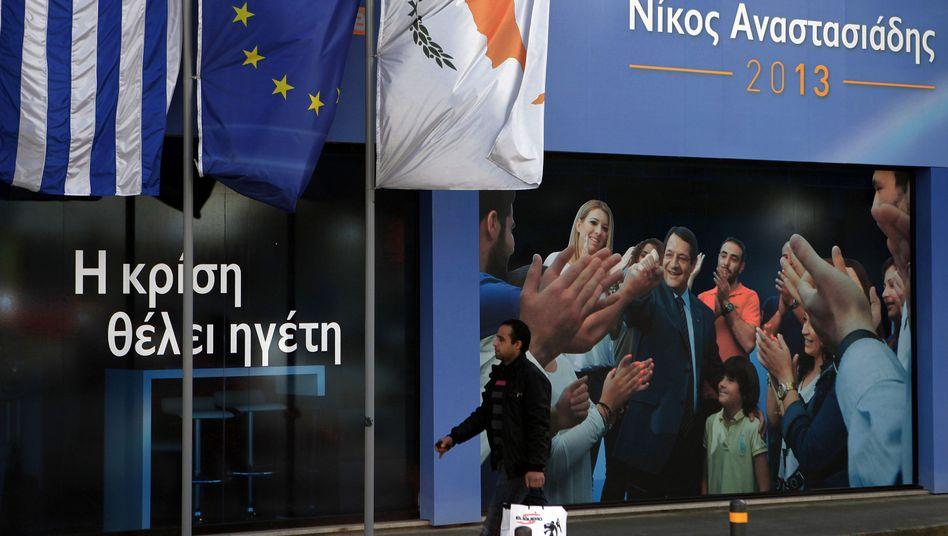 Wahlkampf in Nikosia: Reiche Zyprer sollen an Rettung beteiligt werden.