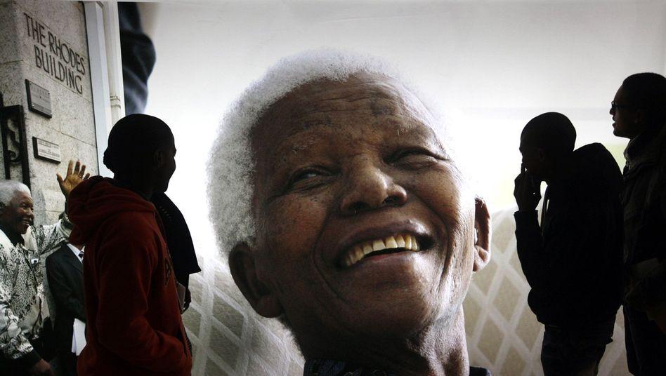 """Südafrika feiert Mandelas Geburtstag: """"Wir hoffen, dass er100 wird"""""""