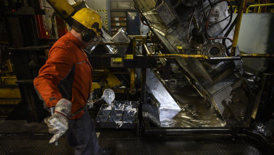 Stahlarbeiter in Eisenhüttenstadt