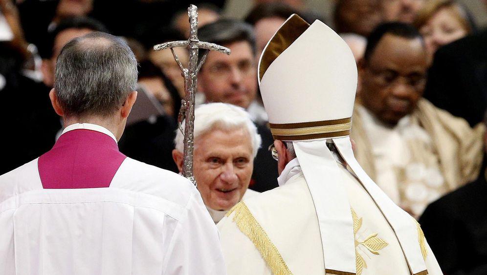 Zwei Päpste, 19 neue Kardinäle: Erheben Sie sich