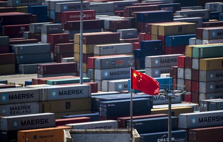 Frachtcontainer in Shanghai: China will den USA für 200 Milliarden Dollar neue Waren abkaufen