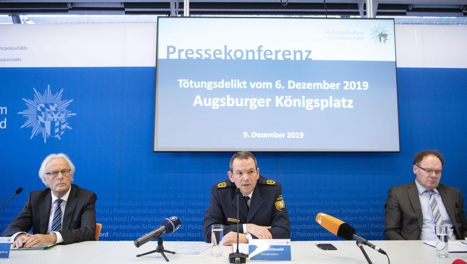Ermittler in Augsburg: Rolf Werlitz, Michael Schwald und Gerhard Zintl