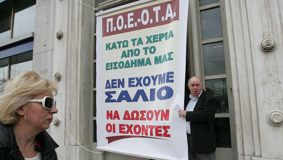 Protest in Griechenland (am Dienstag): International steht das Land massiv unter Druck