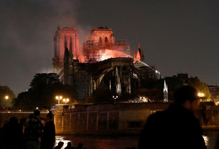 Die brennende Kathedrale Notre Dame am 15. April 2019