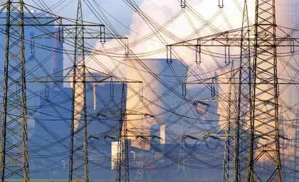 Strommasten: Monopolkommission wittert Marktmissbrauch