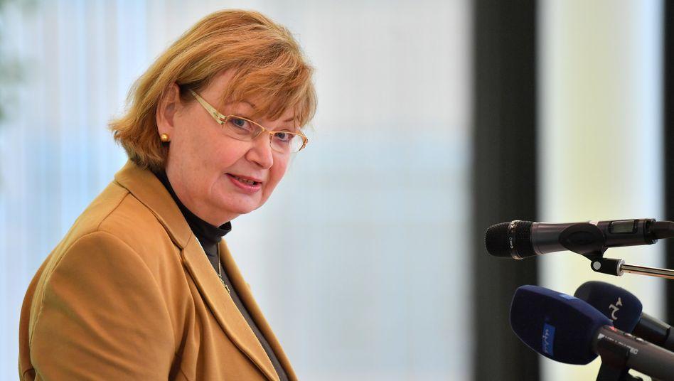 """Greizer Landrätin Martina Schweinsburg: """"Wir halten uns eisern an die Vorgaben des Robert Koch-Instituts"""""""