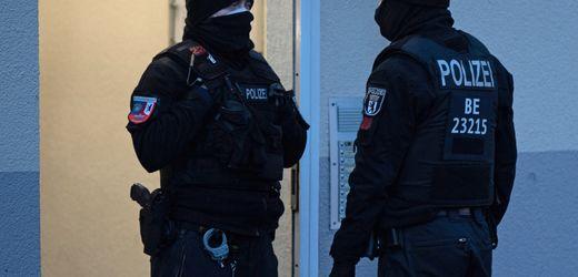 Vereinsverbot in Berlin: Islamisten hetzten gegen Merkel