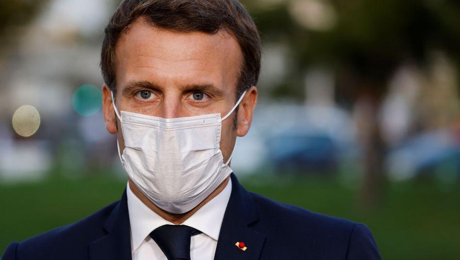 """Emmanuel Macron: """"Wir werden immer auf der Seite der Menschenwürde und der Grundwerte stehen"""""""
