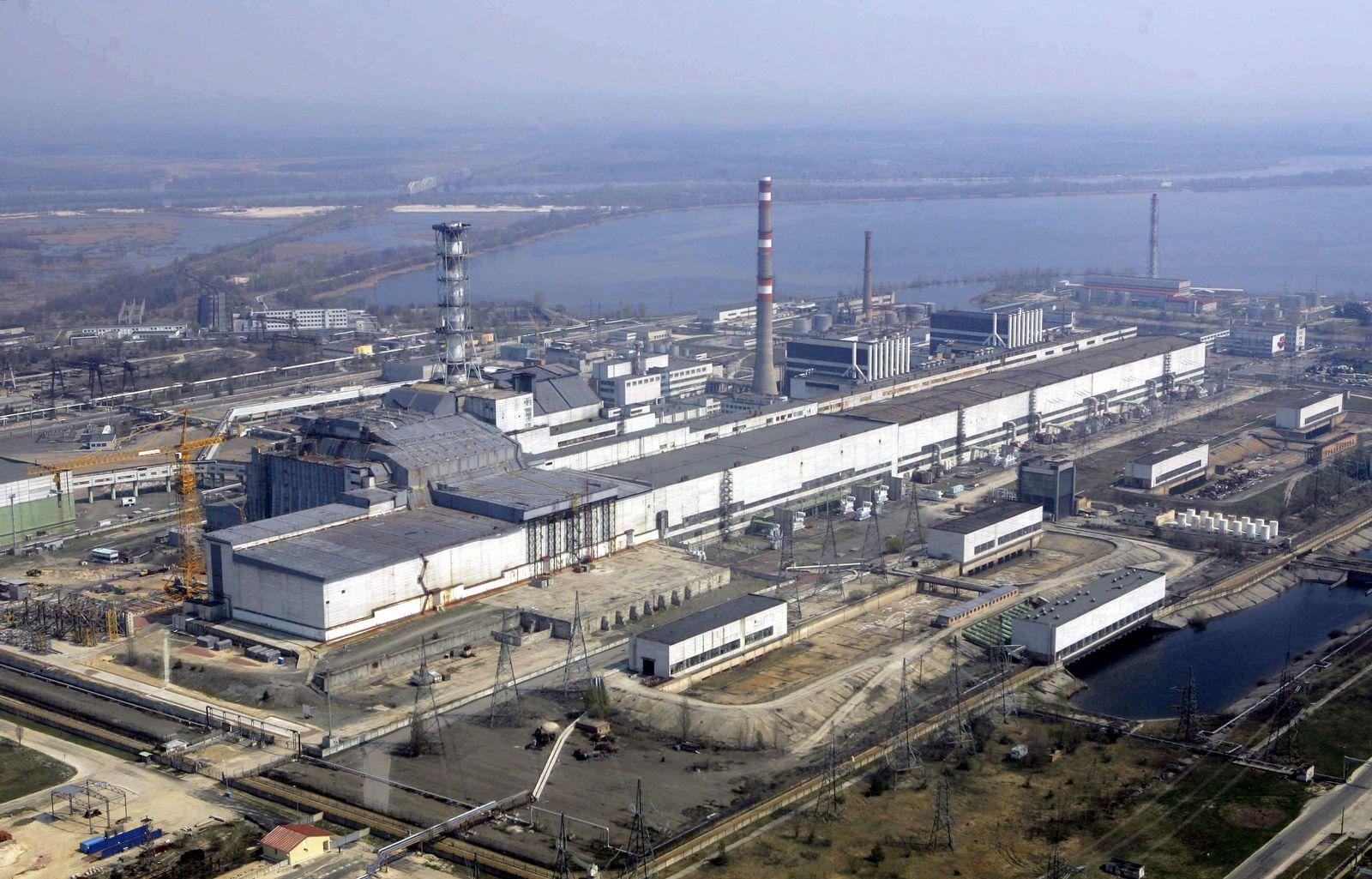 Tschernobyl / Nuklear Versichterung / Kraftwerk