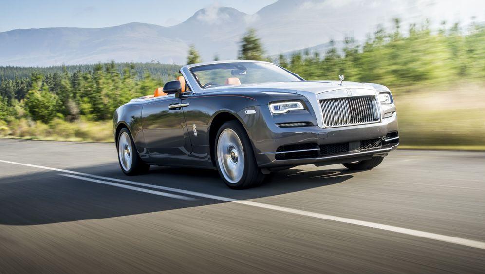 Autogramm Rolls-Royce Dawn: Platz für alle (die es sich leisten können)