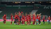 So feierten die Bayern im leeren Stadion den Titel