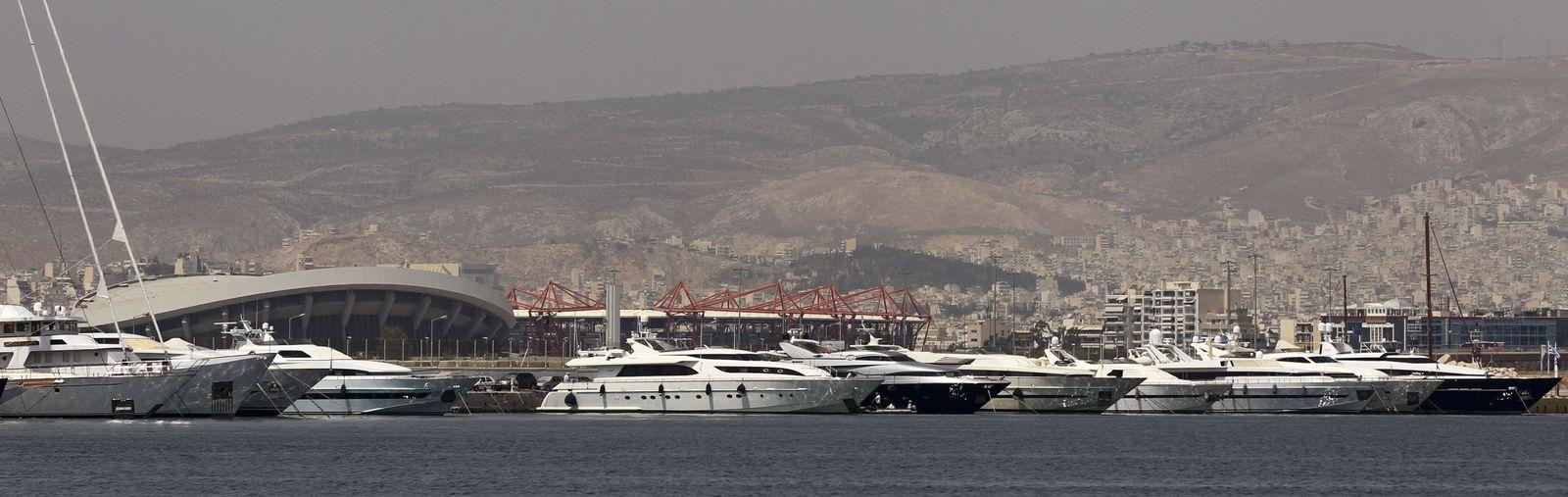 Griechenland / Yacht-Hafen