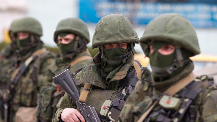 Ukraine-Krise: Soldaten auf der Krim, Demos in Moskau