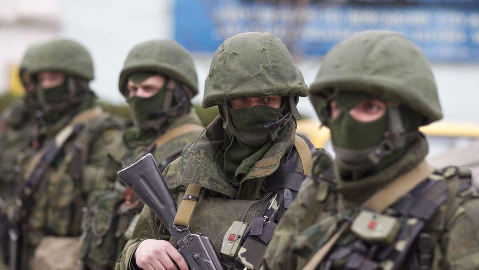 Bewaffnete Soldaten auf der Krim: Was hat Putin vor?