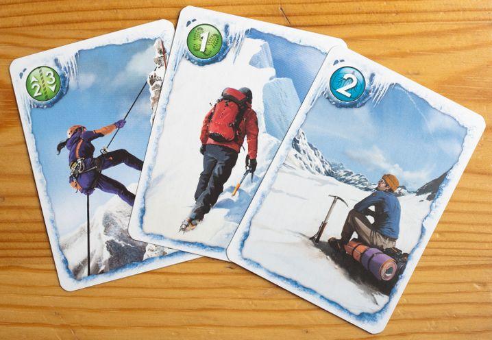 Taktisch zum Gipfel: Der Würfel gibt das Tempo der Bergsteiger vor
