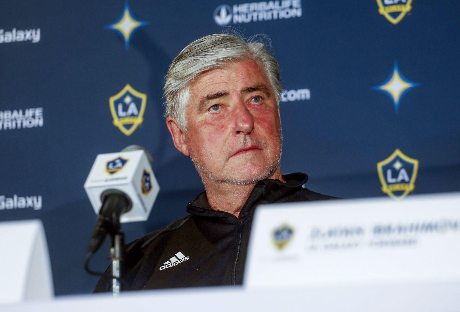 Galaxy Schmid Steps Down Soccer