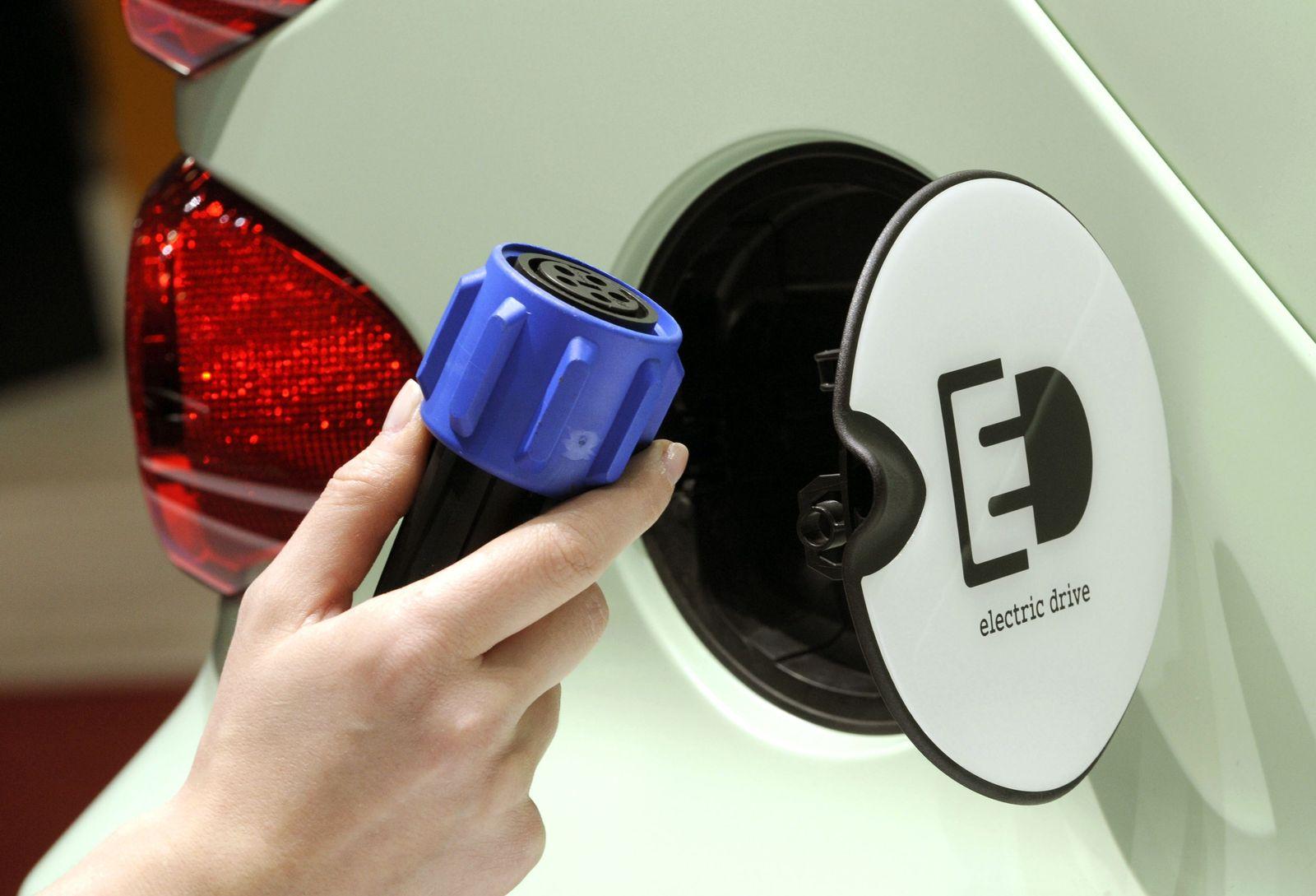 Elektro-Mobilität / Elektro-Mobil / Elektroautos
