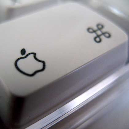 Da glänzen des Applelaners Augen: Nur wo der Apfel prangt, tippt es sich so richtig apfelig