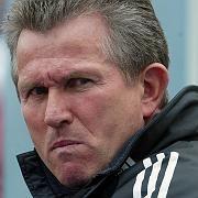 Trainer Heynckes (2004): Ein Sieg gegen die Borussia am Samstag könnte die Initialzündung sein