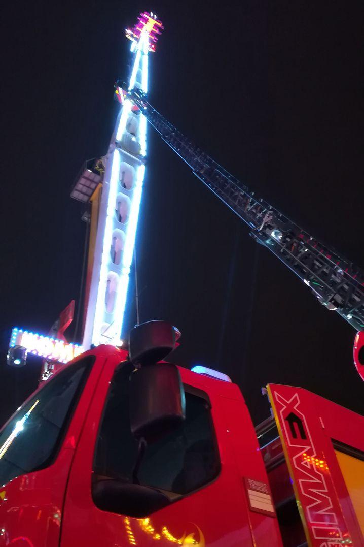 Feuerwehrleiter am Fahrgeschäft