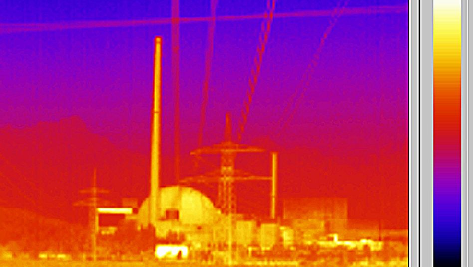 An infrared image of a reactor at Germany's Philippsburg nuclear plant.