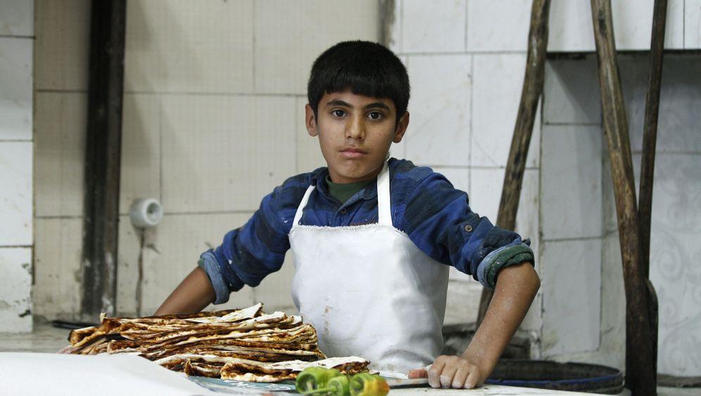 Syrische Flüchtlinge: Kinder aus Kobane bei der Arbeit
