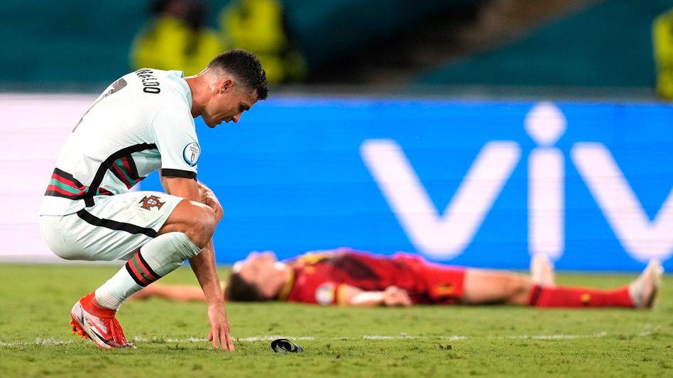 Am Boden: Cristiano Ronaldo nach dem EM-Aus gegen Belgien
