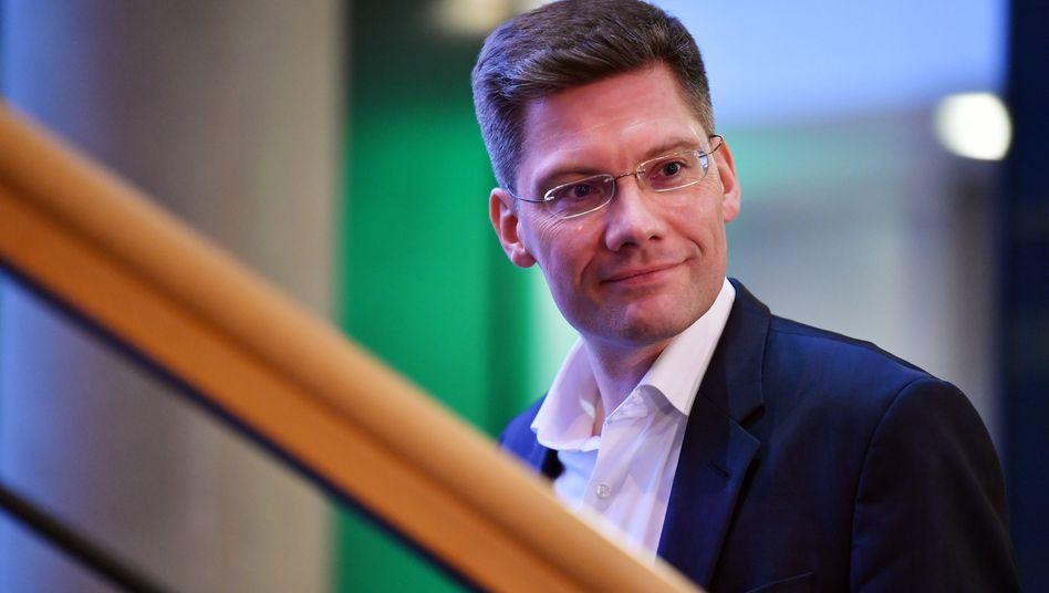 Christian Hirte sagt, er hege keinen Grolle gegen die Kanzlerin