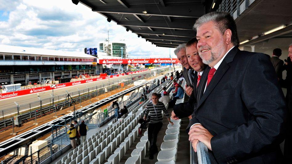 Kurt Beck 2009: Beste Stimmung bei der Eröffnung des umgebauten Nürburgrings