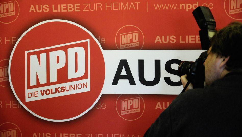 """Logo der NPD: """"Im schlimmsten Fall eine halbe Million bis 600.000 Euro im Jahr"""""""