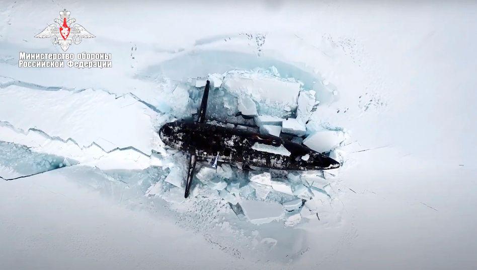 Russisches Atom-U-Boot in der Arktis (Foto des russischen Verteidigungsministeriums)