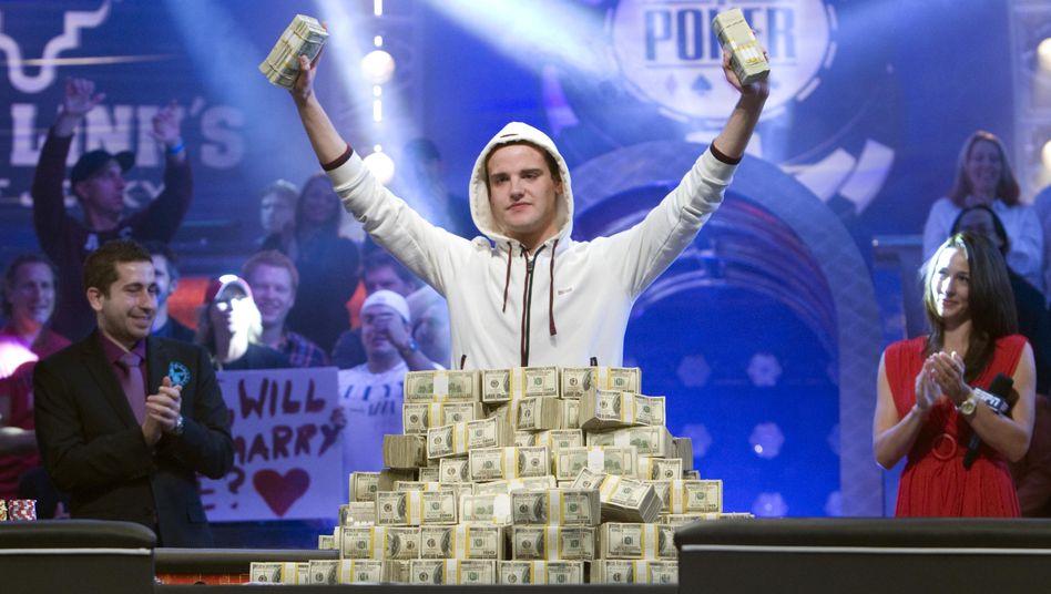 Poker-Weltmeister Pius Heinz: Triumph mit Anna Kurnikowa