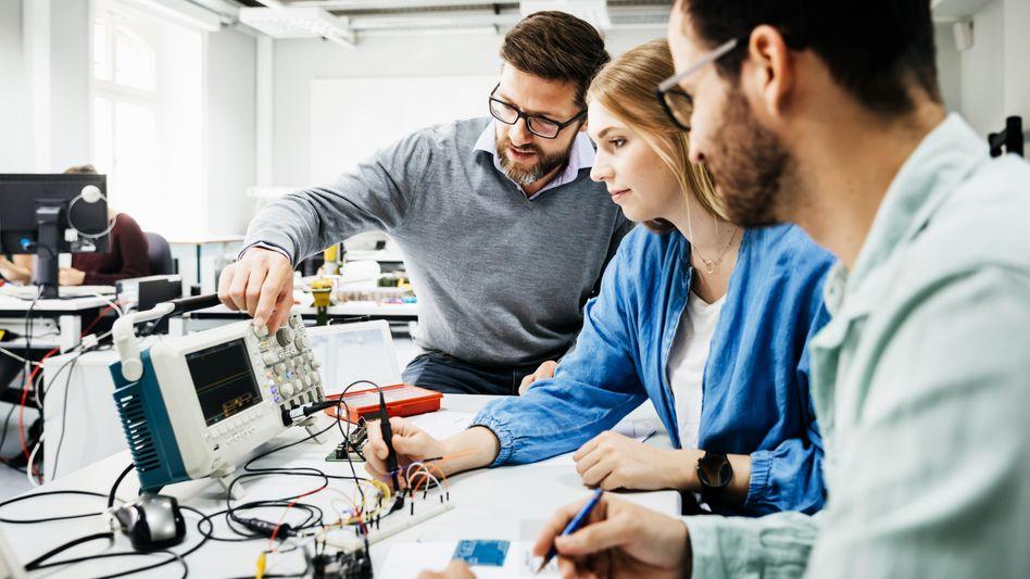 Frauen und Technik: Immer mehr Studentinnen und Auszubildende trotzen den Vorurteilen