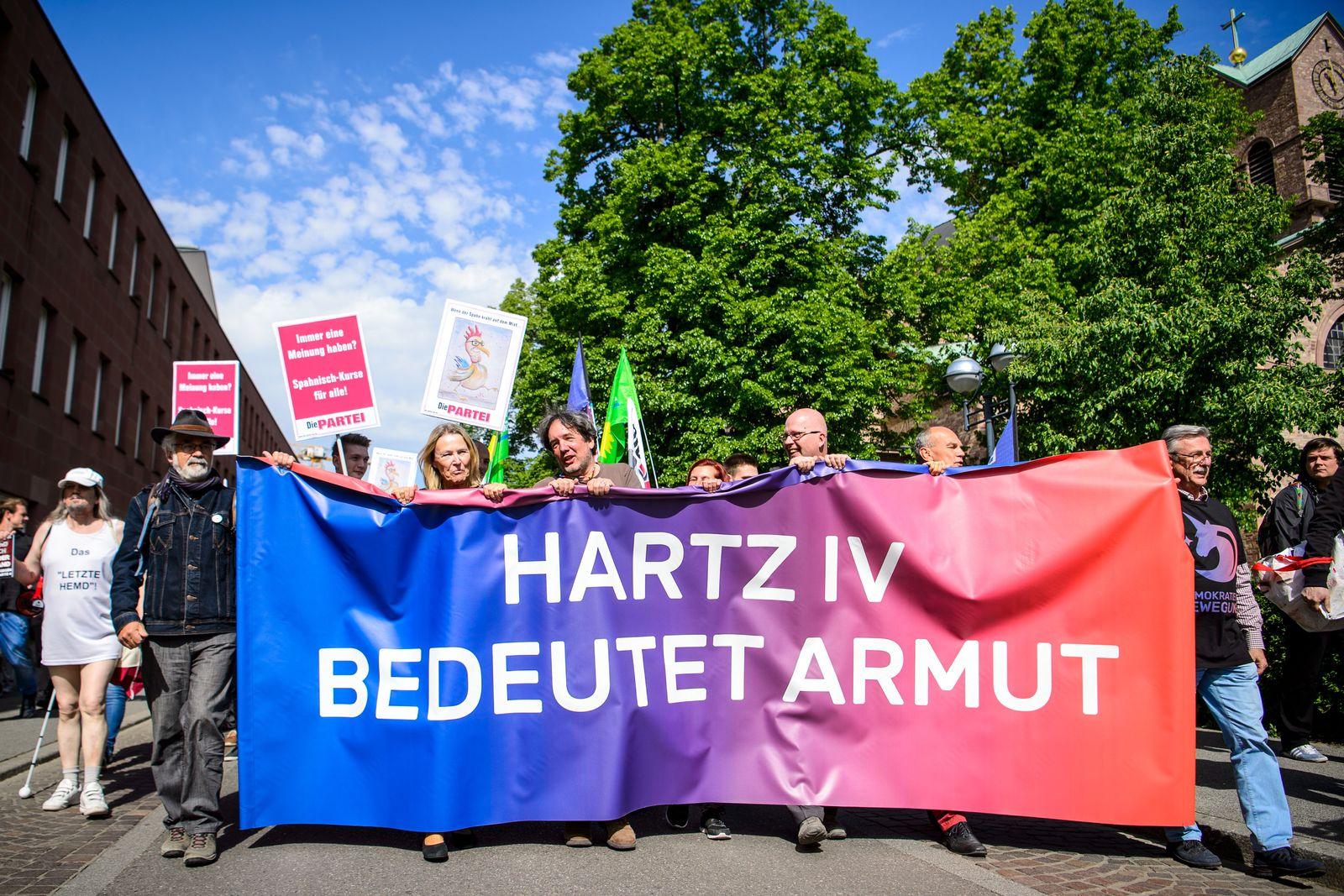 Demonstration vor Treffen von Spahn mit Hartz IV-Kritikerin