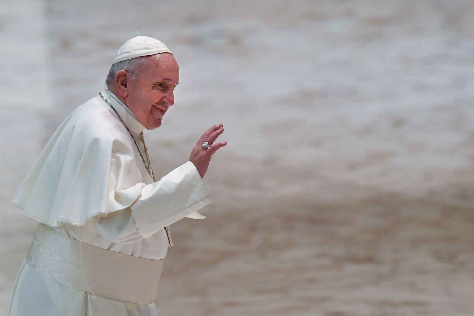 Fastenzeit/ Papst/ Vegan